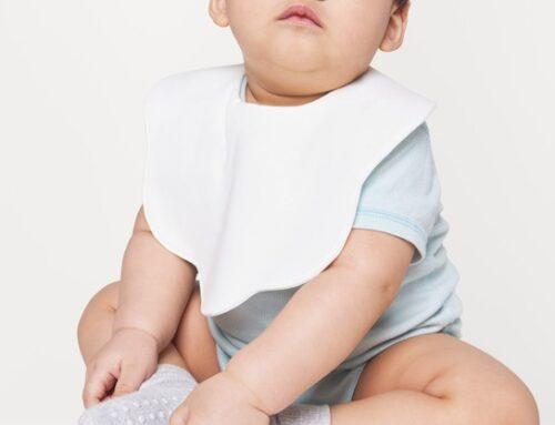 Il corredino: bavaglini per neonato